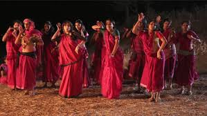 Gulaab Gang dancing